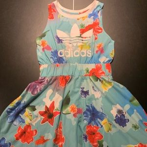 Adidas Original flower dress size M